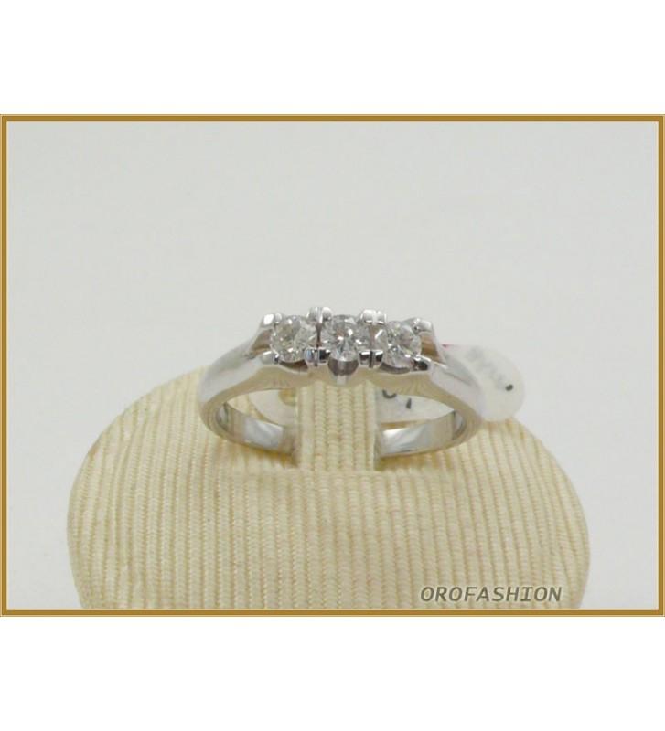 Anello in oro 18kt  trilogy di diamanti ct. 0.36 - 2210153