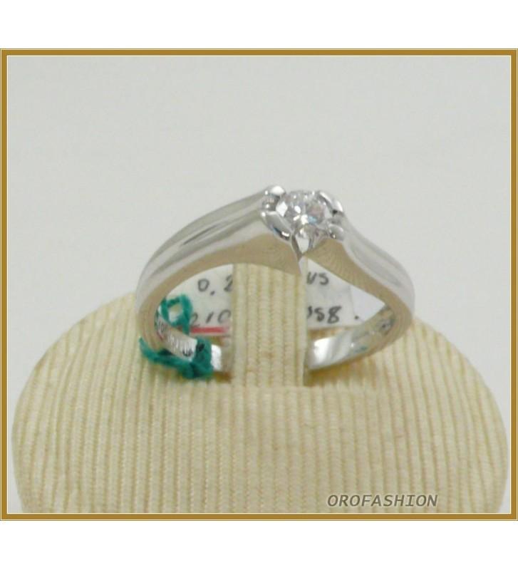 Anello oro bianco 18kt con diamante solitario - 22101511