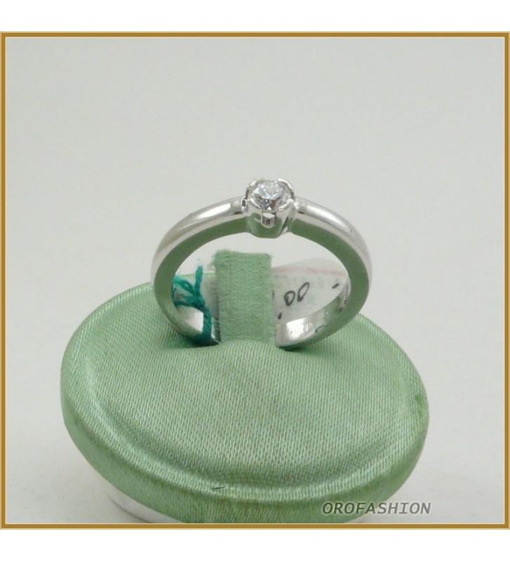 Anello oro bianco 18kt con diamante solitario - 22101518