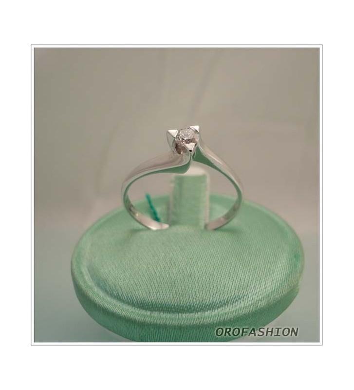 Anello in oro bianco diamante solitario - Valore 550