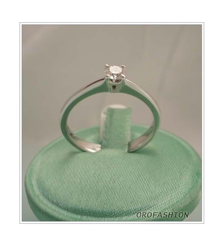 Anello in oro bianco diamante solitario - Valore 770