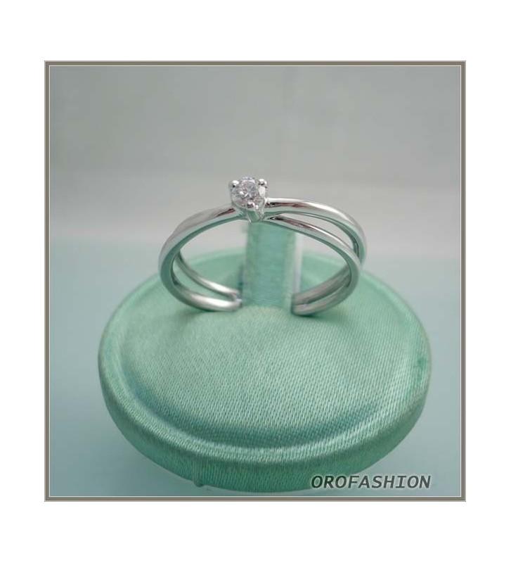 Anello in oro e diamante solitario Valore 510 13111010