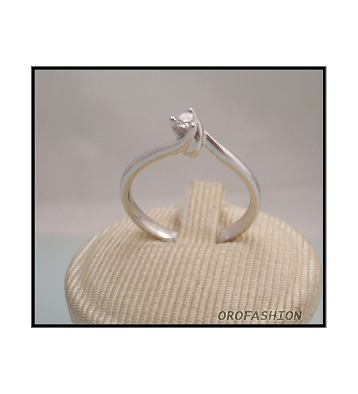 Anello oro e diamante solitario ct. 0.08 - 811115 - Valore 540