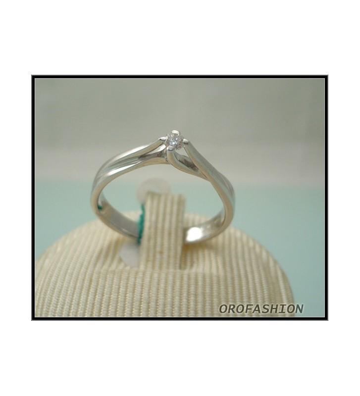 Anello oro e diamante solitario ct. 0.06 - 1604121 - Valore 380