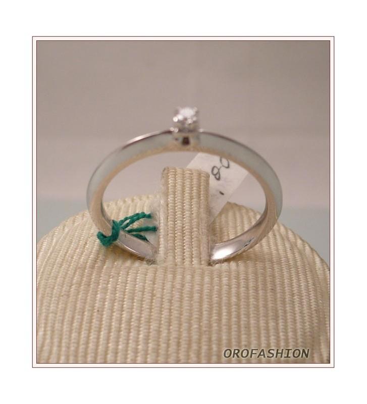 Anello oro e diamante solitario ct. 0.05 - 811126 - Valore 410