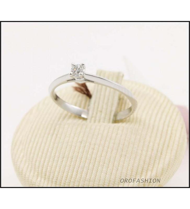 Anello oro bianco 18kt con diamante solitario Valore 340 - 30091421