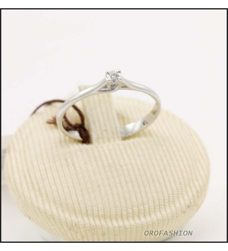 Anello oro bianco 18kt con diamante solitario Valore 280 - 30091423