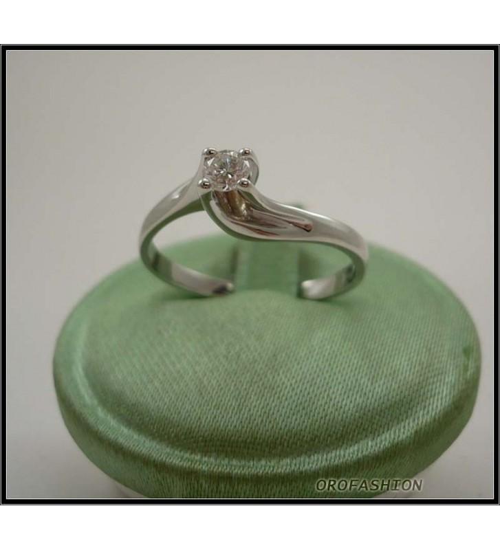 Anello oro bianco 18kt con diamante solitario - 22111412