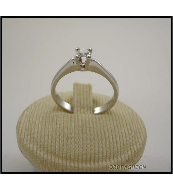 Anello oro bianco 18kt con diamante solitario - 22111413